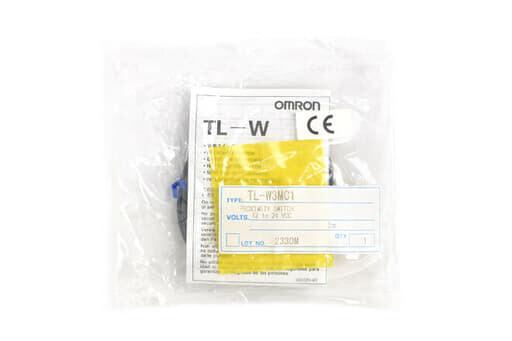 オムロン フラットタイプ近接センサ TL-W3MC1 (2m)