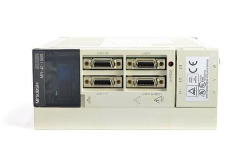 三菱 ACサーボアンプ MR-J2-100B (電源ON累積時間85623h)