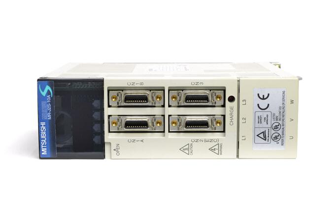 三菱 ACサーボアンプ MR-J2S-10A (電源ON累積時間219h)