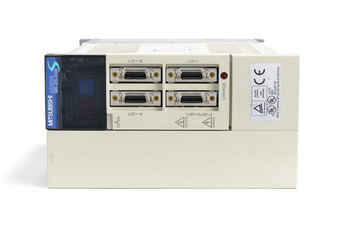 三菱 ACサーボアンプ MR-J2S-200B (電源ON累積時間28957h)
