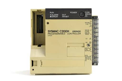 オムロン CPUユニット C200H-CPU01 (95年1月製・割れ多数あり)