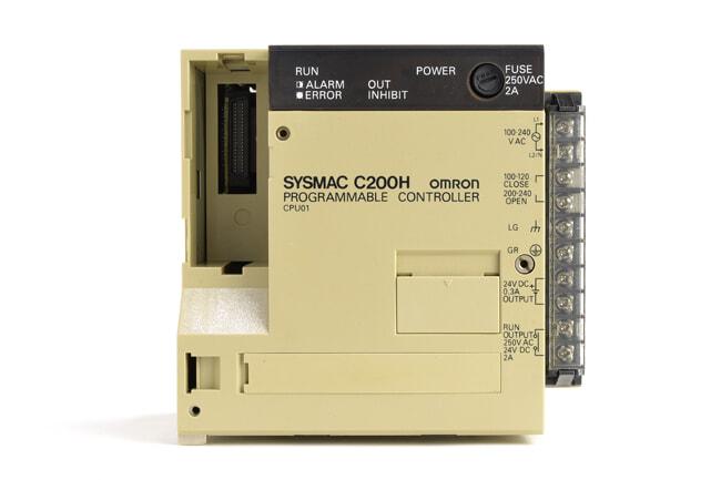 オムロン CPUユニット C200H-CPU01 (94年8月製・欠けあり)