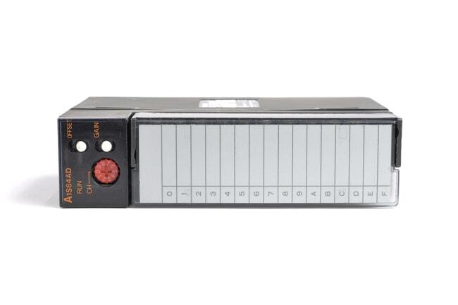三菱 アナログ-ディジタル変換ユニット A1S64AD (05年5月製・FC)