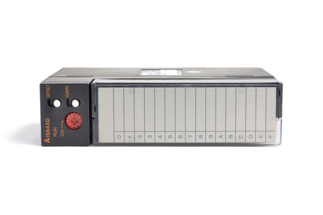三菱 アナログ-ディジタル変換ユニット A1S64AD (98年6月製・DB)
