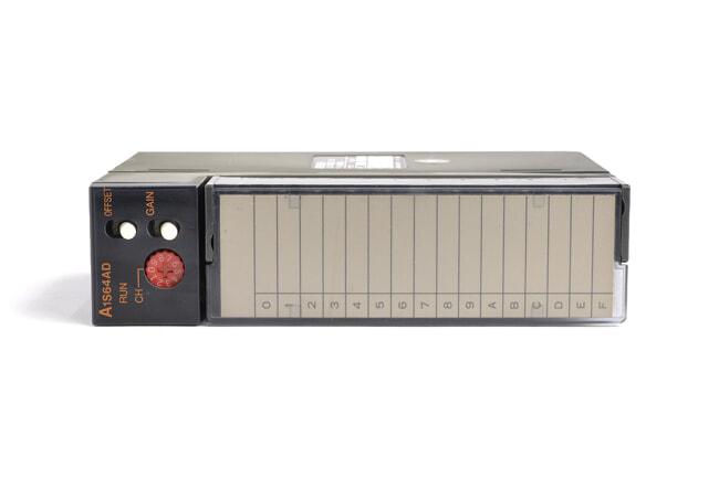三菱 アナログ-ディジタル変換ユニット A1S64AD (95年3月製・BA)