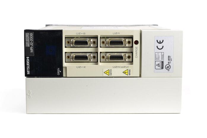 三菱 ACサーボアンプ MR-J2-200B (電源ON累積時間123465h)