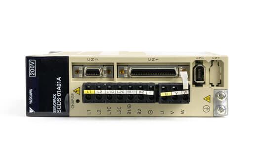 安川電機 ACサーボパック SGDS-01A01A (ソフトVer0023・割れあり)