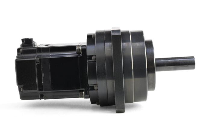 安川電機 ハーモニックギア付きACサーボモータ SGMAS-02ACAH101