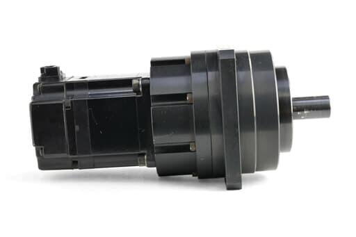 安川電機 ハーモニックギア付きACサーボモータ SGMAS-02A2AHB01