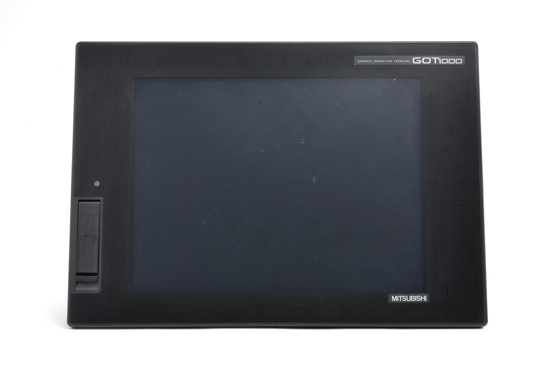 三菱 グラフィックオペレーションターミナル GT1672-VNBD (11年製)