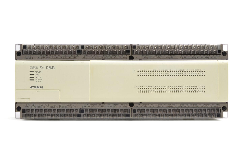 三菱 シーケンサ FX2-128MR (97年製・V3.30・欠けあり)