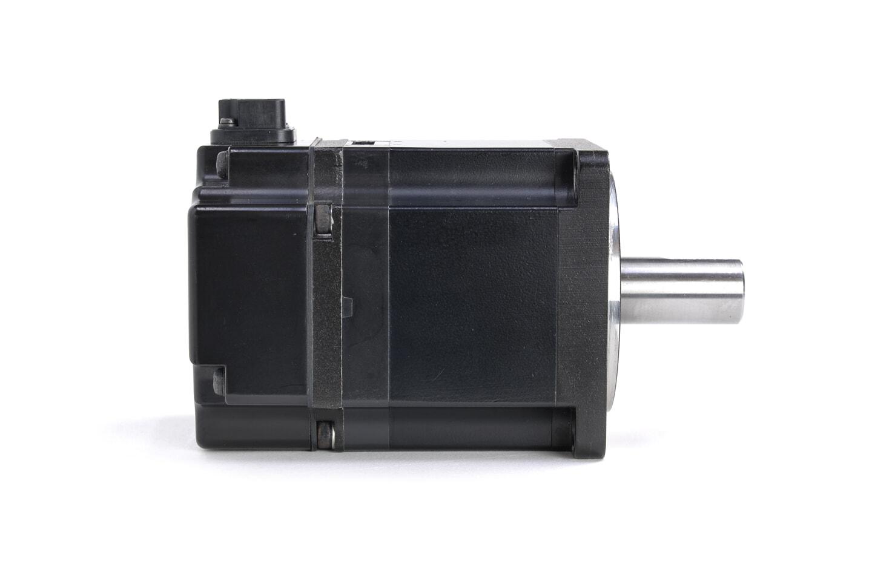 安川電機 ACサーボモータ SGMJV-02AAA61