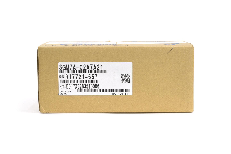 安川電機 サーボモータ SGM7A-02A7A21