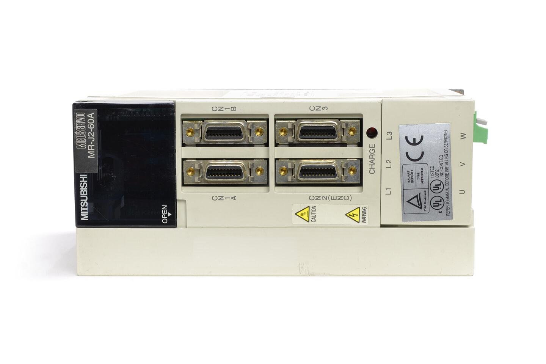 三菱 ACサーボアンプ MR-J2-60A (電源ON累積時間4055h・欠け複数あり)