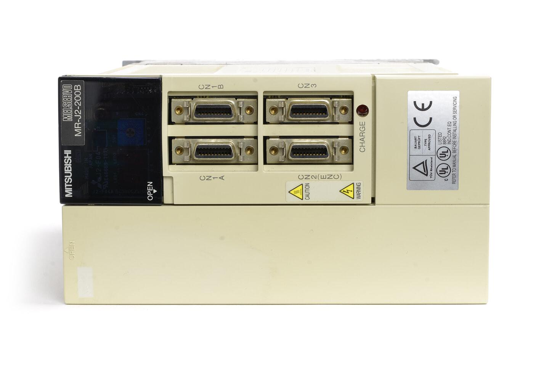 三菱 ACサーボアンプ MR-J2-200B (電源ON累積時間125756h)