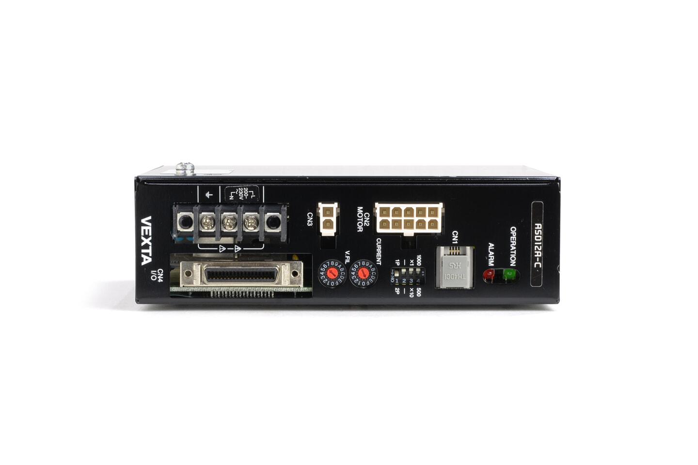 オリエンタルモーター ドライバ ASD12A-C (欠け、変形あり)