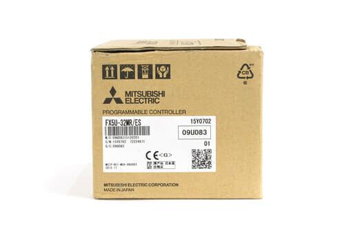 三菱 CPUユニット FX5U-32MR/ES (15年製)