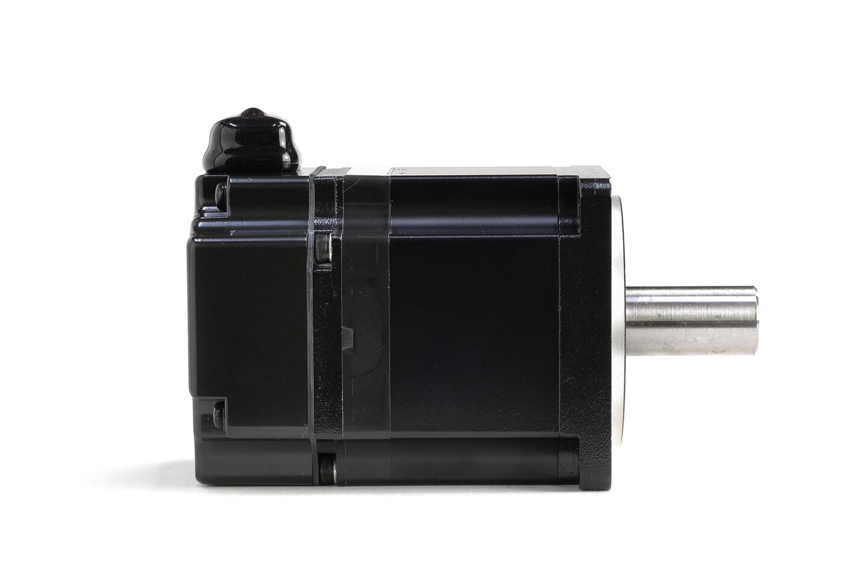 安川電機 ACサーボモータ SGMJV-02A3A21