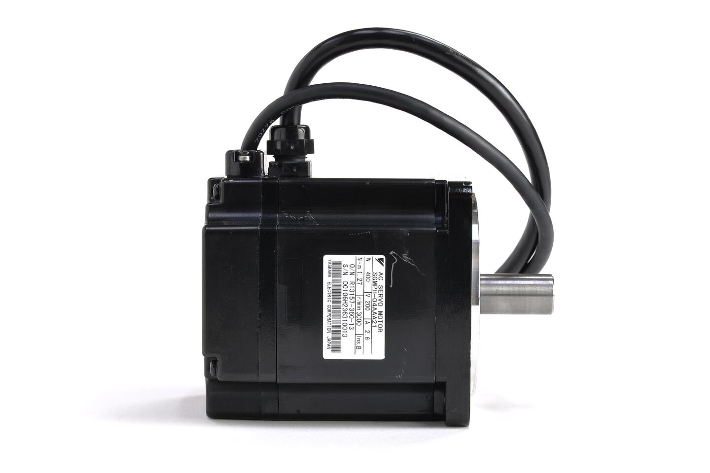 安川電機 ACサーボモータ SGMPH-04AAA21