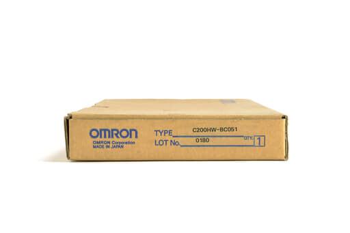 オムロン CPUベースユニット C200HW-BC051 (00年製)