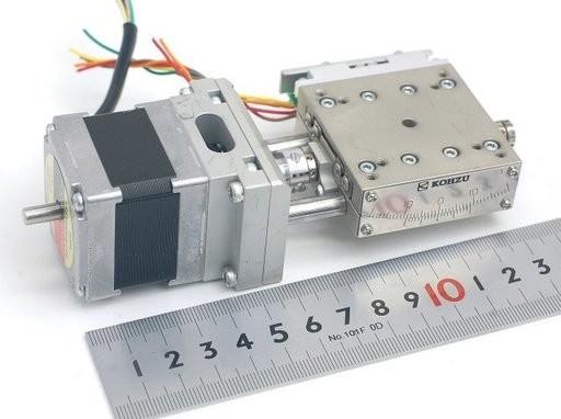KOHZU ステッピングモータ駆動自動スイベルステージ SA05B-RT-1C