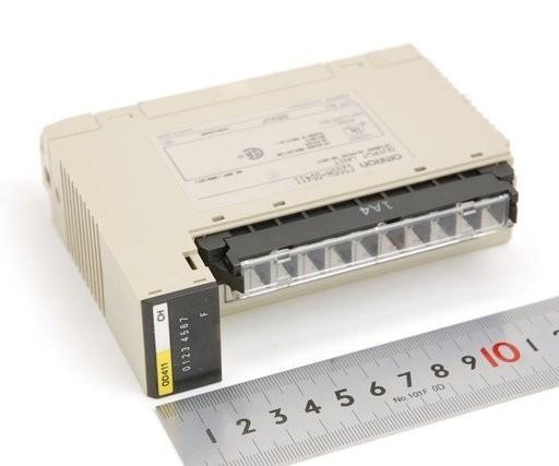 オムロン 出力ユニット C200H-OD411