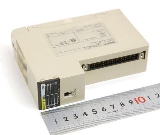 オムロン 出力ユニット C200H-OD218