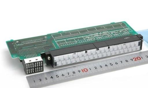 オムロン 入力ユニット C120-ID217