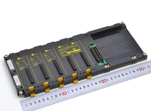 オムロン ベースユニット C200H-BC051-V1