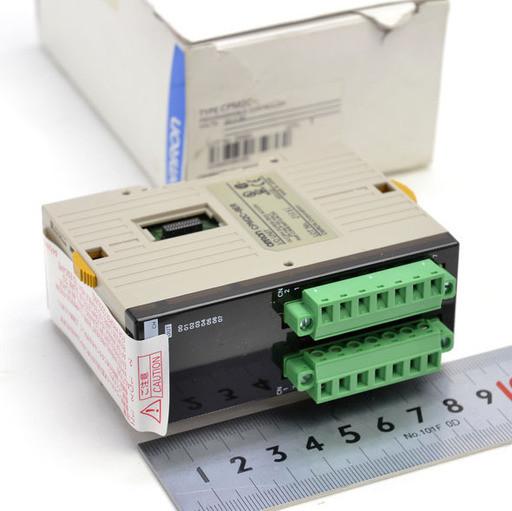 オムロン プログラマブルコントローラ CPM2C-8ER