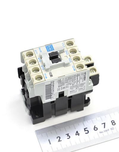 富士電機 電磁接触器 S-N11CX
