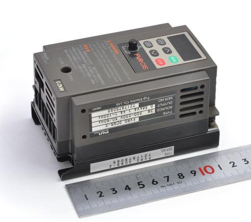 富士電機 インバータ FVR0.2C9S-2