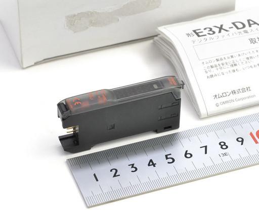 オムロン デジタルファイバアンプ E3X-DA6