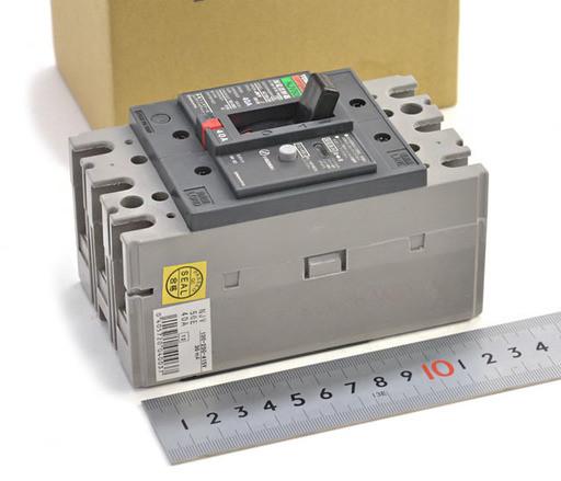 東芝 漏電遮断器 NJV50E 40A 3P
