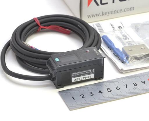 キーエンス デジタルカラー判別センサアンプ CZ-K1P