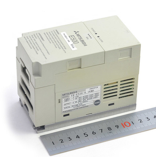三菱 インバータ FR-E520-0.1KND