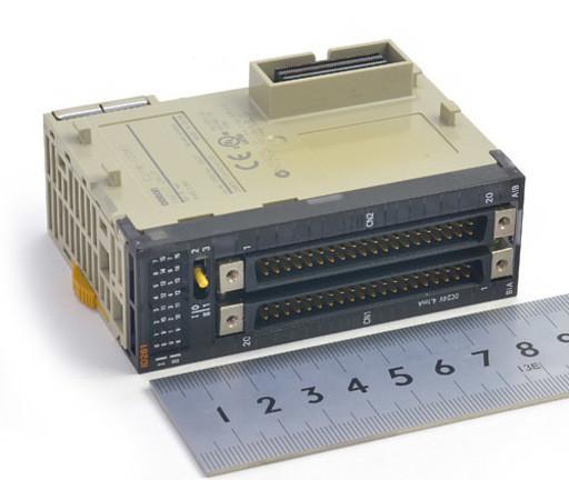 オムロン 入力ユニット CJ1W-ID261