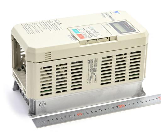 安川電機 インバータ CIMR-G5A20P4