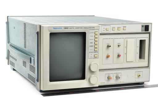 テクトロニクス デジタルサンプリングオシロスコープ 11802