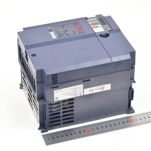 富士電機 インバータ FRN5.5E1S-2J