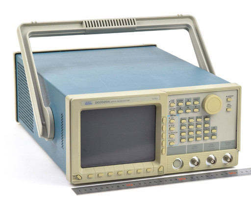 テクトロニクス データゼネレータ DG2020A