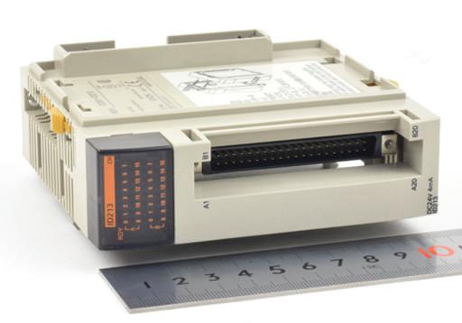 オムロン 入力ユニット CQM1-ID213