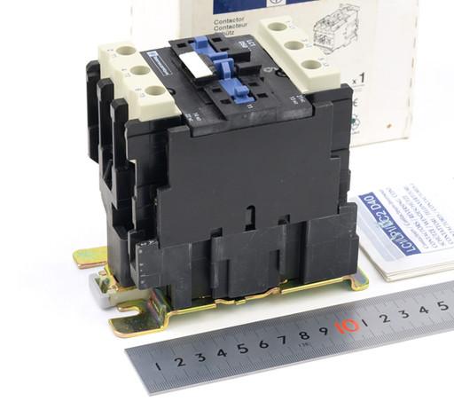 Telemecanique コンタクタ LC1 D5011L7(AC200V)