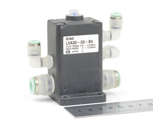 SMC バルブ LVA30-03-B4