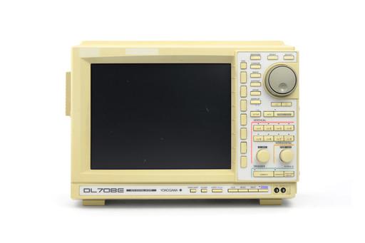 横河電機 ディジタルオシロスコープ DL708E (キャリブレータ異常)