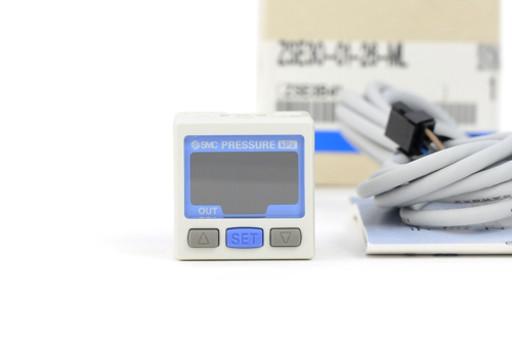 SMC 圧力センサ(真空・低圧用) ZSE30-01-26-ML
