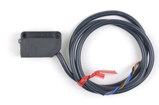 オムロン 光電センサ(透明ペットボトルタイプ回帰反射形) E3Z-B61 2M