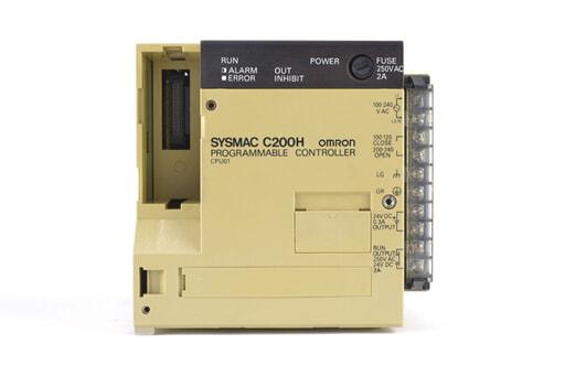 オムロン CPUユニット C200H-CPU01 (93年6月製・ヒビやかけている箇所が複数)