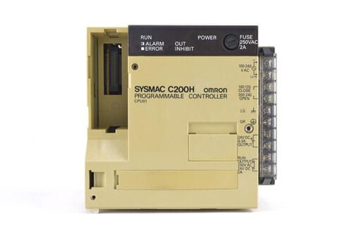 オムロン CPUユニット C200H-CPU01 (93年12月製・かけている箇所が複数)