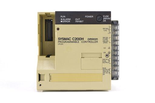 オムロン CPUユニット C200H-CPU01 (93年11月製・かけている箇所が複数)